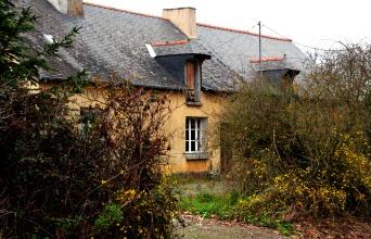 Farmhouse facade