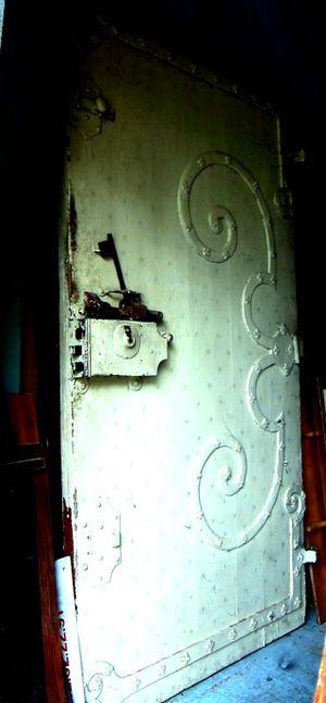 Nance harper castle door
