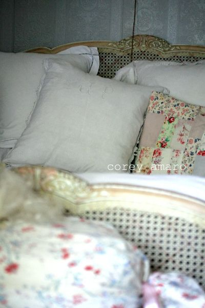 Stacked pillows