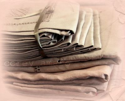 Linens French