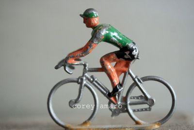 Tour de france lone rider