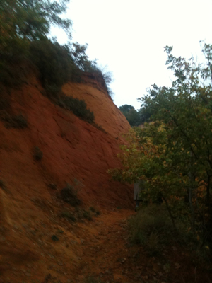 Rustrel... Red sand canyon