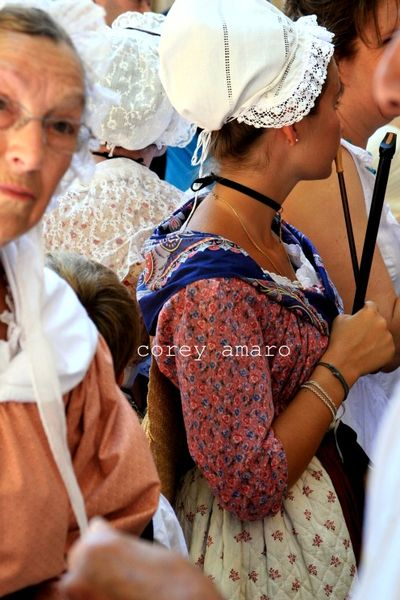 Provencal clothing in provence