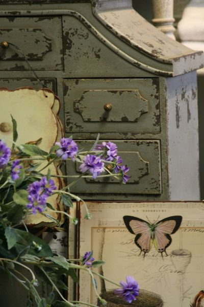 French brocante: Desire to inspire