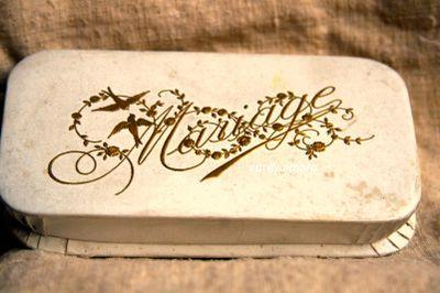 Marriage bonbon box