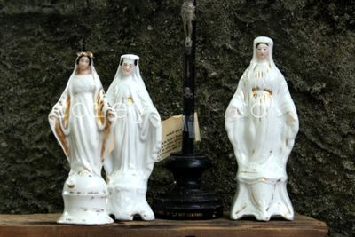 Virgin mary statuettes