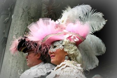Pink hat with feather carnival venice