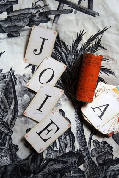 Cards-with-letters