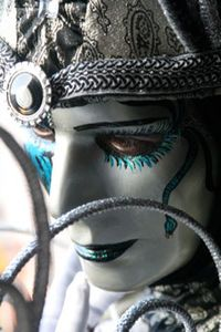 Silver-mask-venice