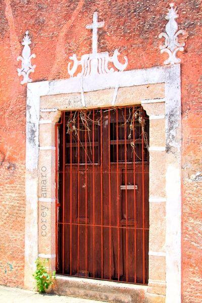 Merida convent door