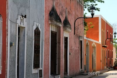 Colors in merida on the streets