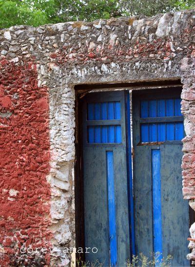 Blue doors merida
