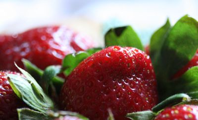 Strawberries-with-mint