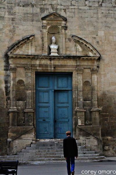 Doorway arles
