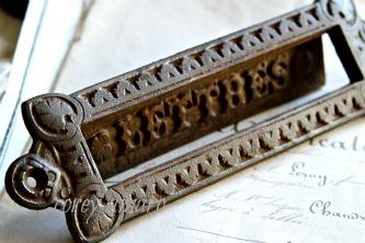 French letter slot