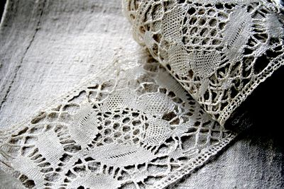 Antique-lace