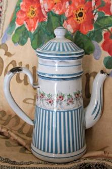 Enamelware coffee pot French 1900s