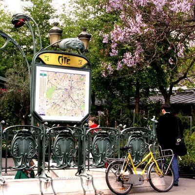 Metro-in-paris