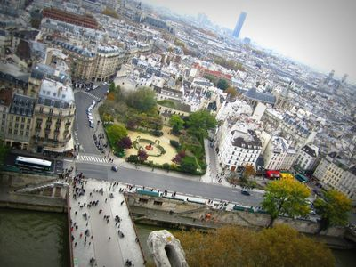 PARIS &