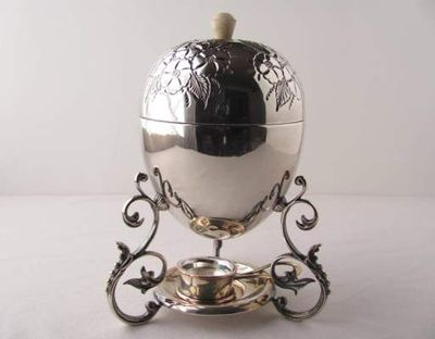 Antique EGG CODDLER