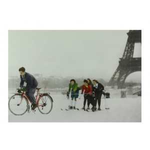 Postcard-skiing-in-paris