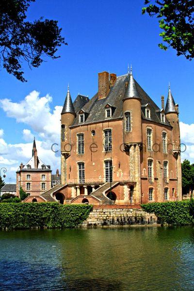Loiret chateau du bellegarde