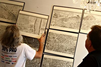 French antique Paris map