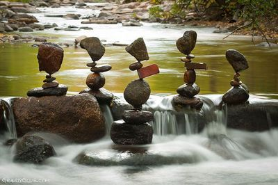 Michael grab rock balancer 4