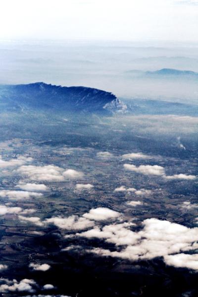 Flying over AIx en Provence