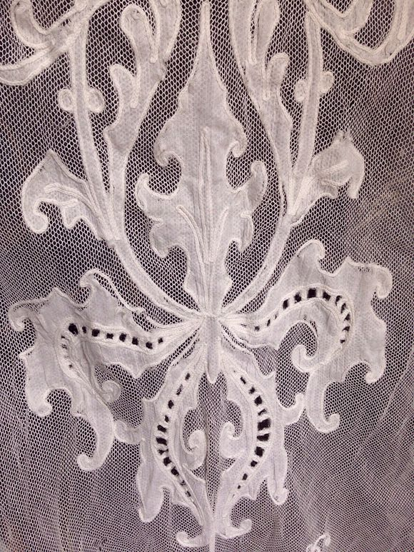 1900 Iris Lace Curtain Panel