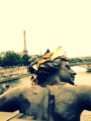 Bicycling Through Paris