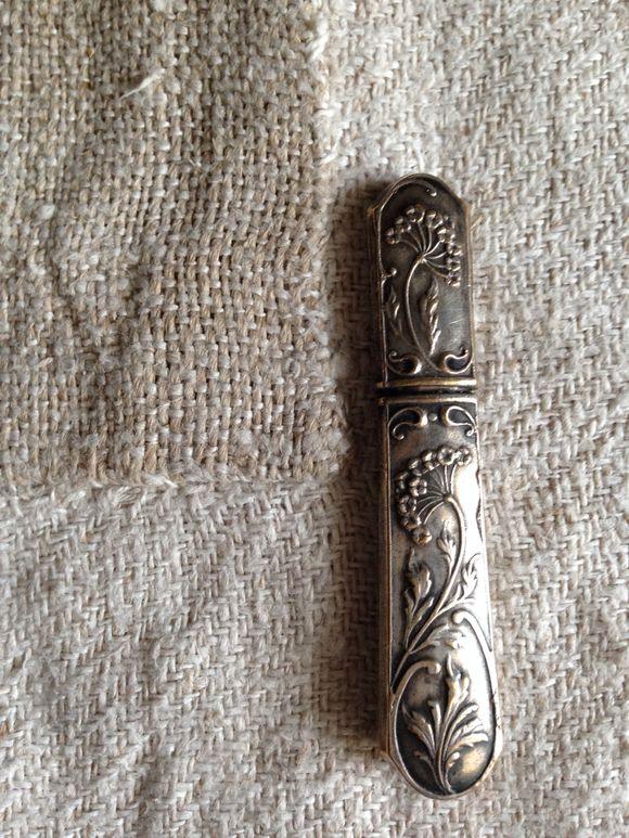 Silver Needle Holder