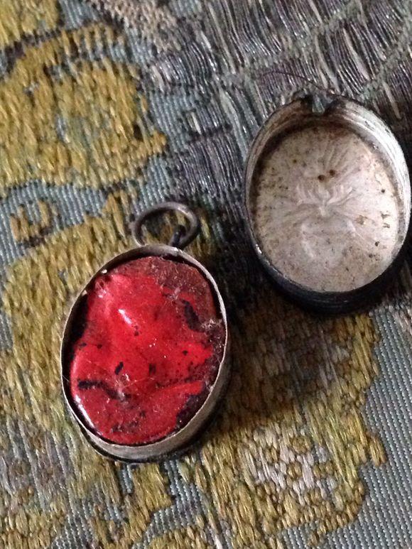 Sacred Heart Relic Holder