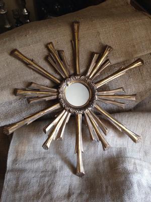 Sunburst Mirror Rays