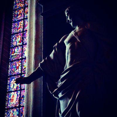 Chartres photo by Corey Amaro