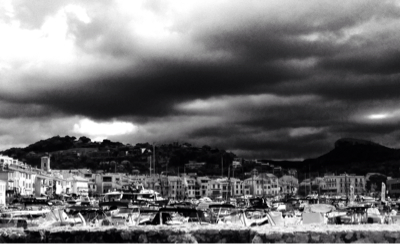 Cassis Before a Storm