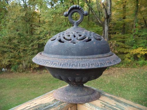 Antique humidifer