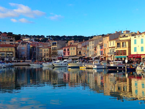 cassis in winter,corey amaro, liviing in France