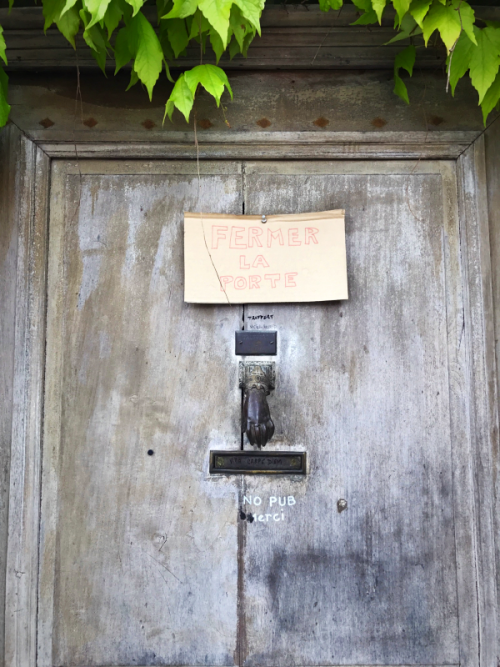 French door,#brocante #antique #fleamarket #france #vintage #shop #ビンテージ #フレンチアンティーク #ブロカント #フランス #シャビーシック #decor #frenchstyle #basket
