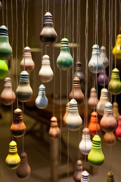 Wooden light bulb johnny_hermann_1