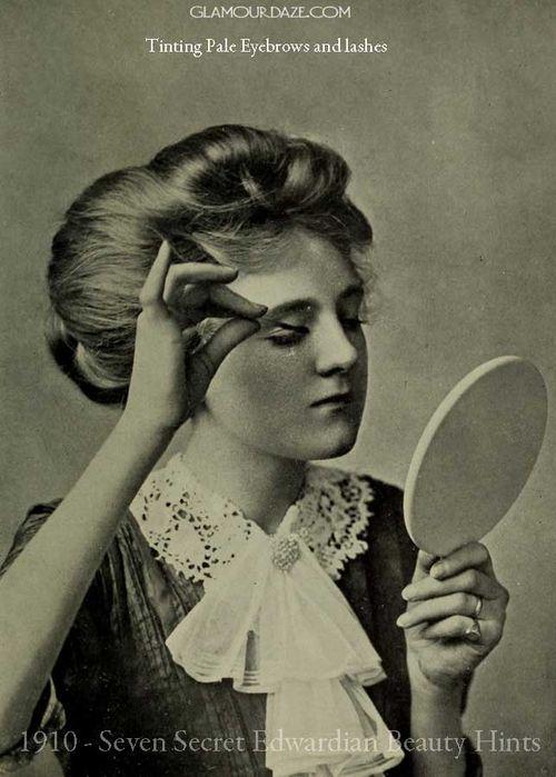 1910-Seven-Secret-Edwardian-Beauty-Hints-eyebrow-tinting