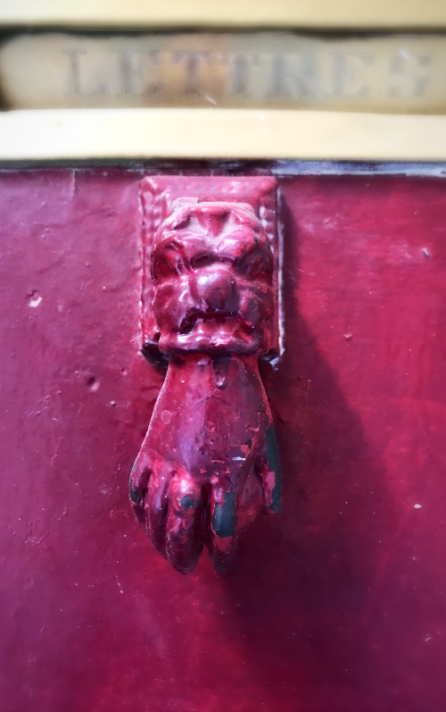 hand knocker, france, homes in France, french style