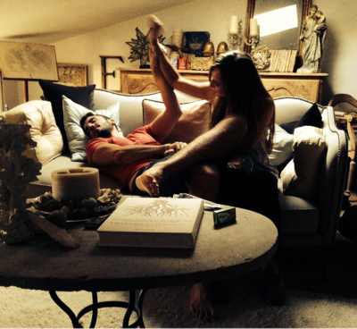 #Home#Boy#Jetlagged#Girlfriend#Kiss