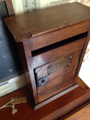 French Brocante: Mailbox