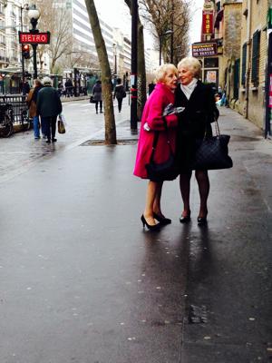 Paris Click Like