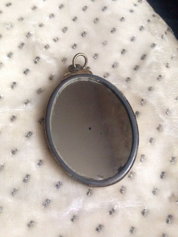 1900s French Oval Mirror Pendant