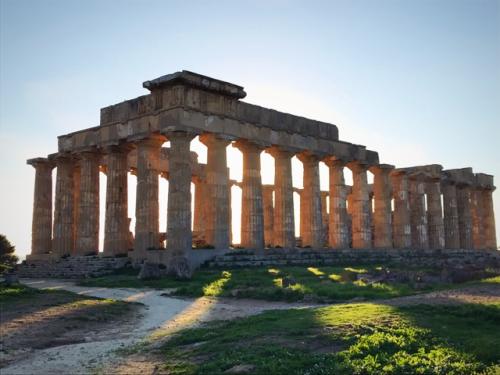 Segesta and Selinunte ruins in Sicily