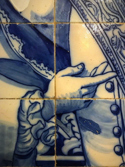 Elaborately-painted Portuguese tiles, called azulejos, fell out of favour in the early 20th Century. But Lisbon today is embracing the art in its murals, museums and metro stations.