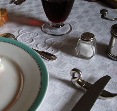 French_tabletop