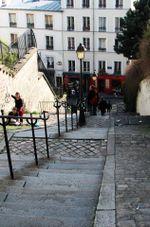 Stairway_to_montmarte